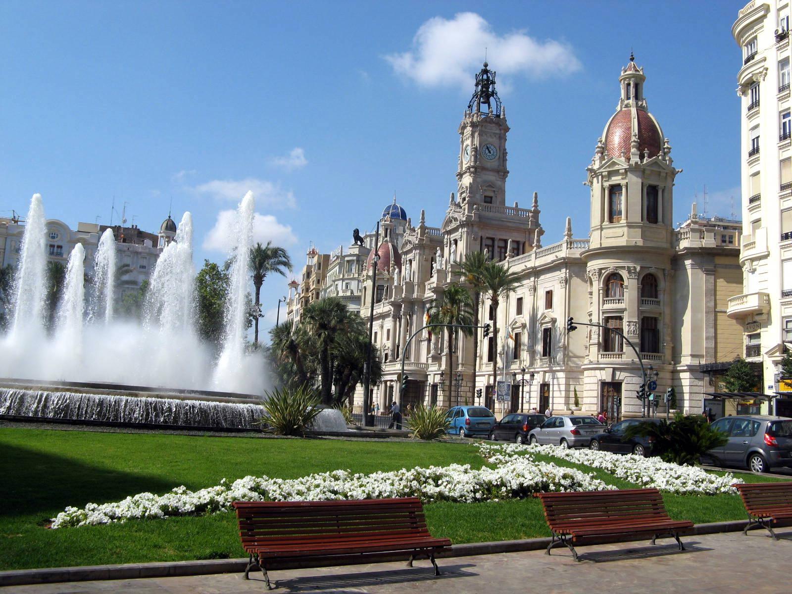 Plaza-del-Ayuntamiento-de-Valencia-Sauclass